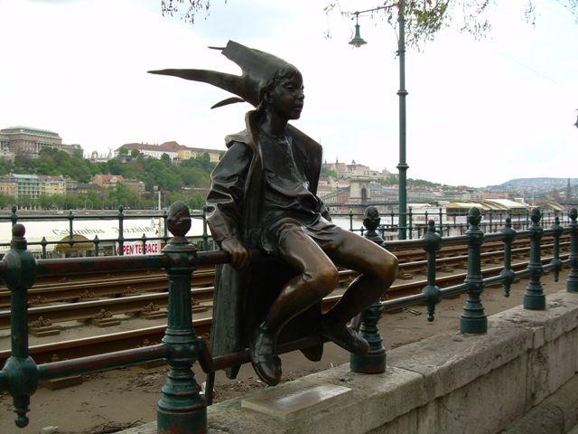 Zdjęcia: Budapeszt, Budapeszt, Mała księżniczka, czy elf?, WĘGRY