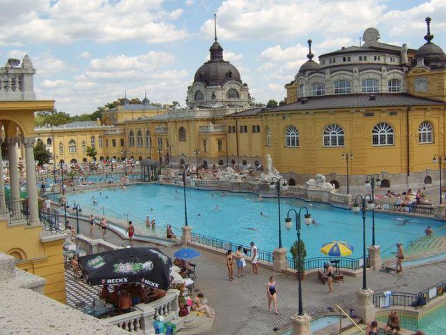 Zdjęcia: Budapeszt, Budapeszt, Kompleks basenów termalnych, WĘGRY