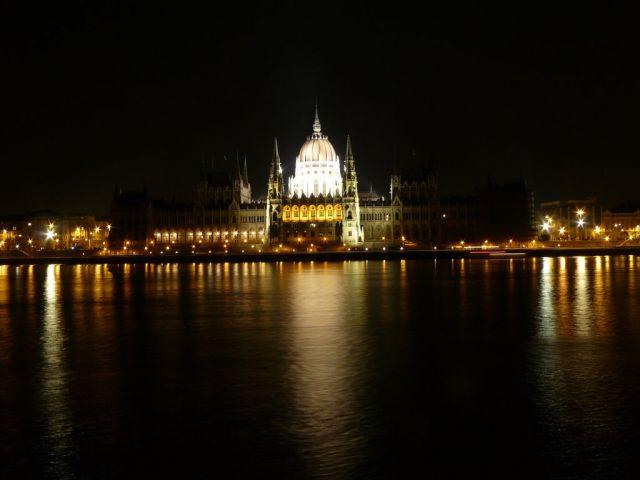 Zdjęcia: Parlament w Budapeszcie, Węgry-stolica, Budapesztański Parlament nocą, WĘGRY