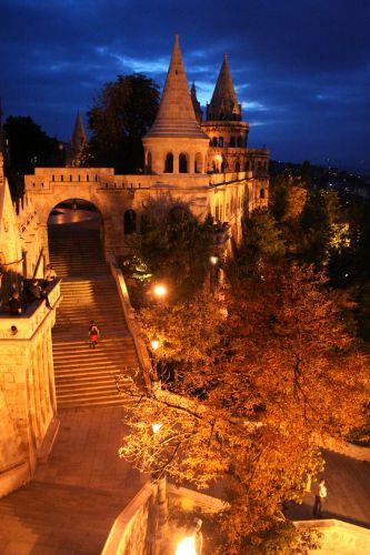 Zdjęcia: Budapeszt, Budapeszt, Baszta Rybacka by night 2, WĘGRY