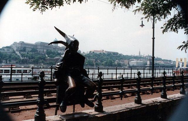 Zdjęcia: BUDAPESZT, Widok na Wzgórze Zamkowe, WĘGRY