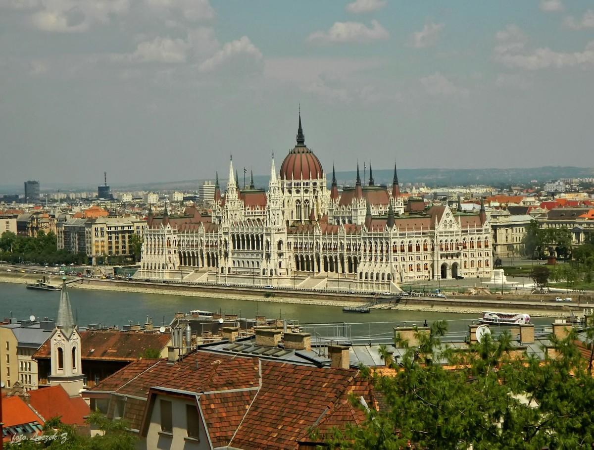Zdjęcia: Budapeszt., Góra Gellerta., Budapeszt - Parlament., WĘGRY