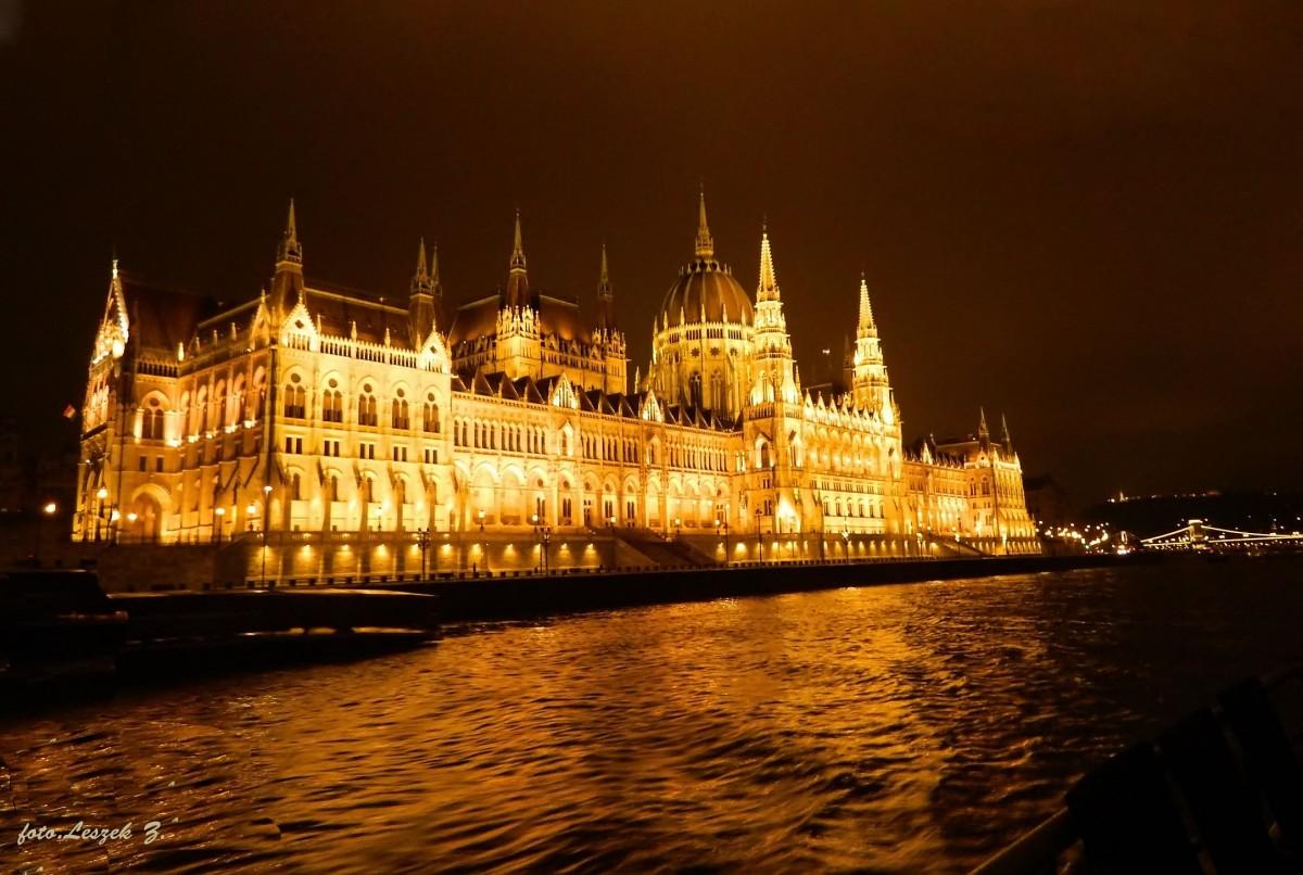 Zdjęcia: Rejs po Dunaju., Budapeszt., Budapeszt - Parlament nocą., WĘGRY