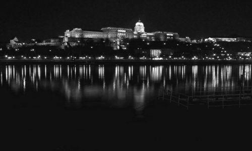 Zdjecie WĘGRY / - / Budapeszt / Zamek Królewski na Wzgórzu Zamkowym w  Budzie
