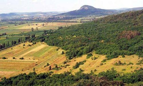 Zdjecie WĘGRY / Balaton śrokowy / Widok na płąskowyrze węgierskie / wzgórza węgiers