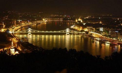 Zdjecie WĘGRY / Stolica / Węgry / Budapeszt nocą