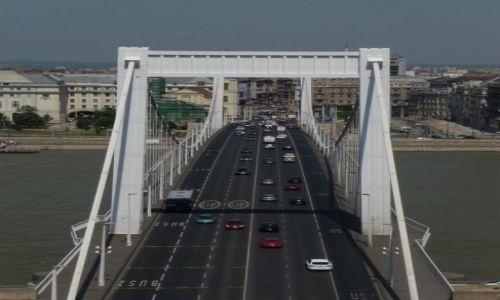 Zdjecie WĘGRY / Budapeszt / Budapeszt / Most Elżbiety widziany z Wzgórza Gellerta