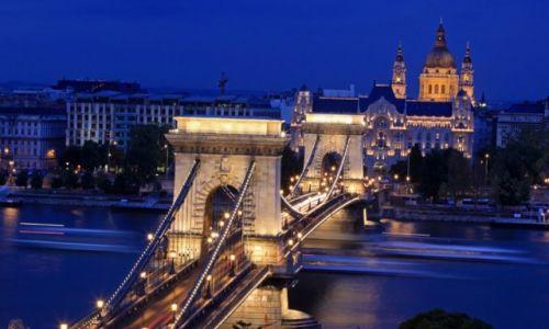 Zdjecie WĘGRY / Budapeszt / Most Lancuchowy / Budapeszt nocą (2)
