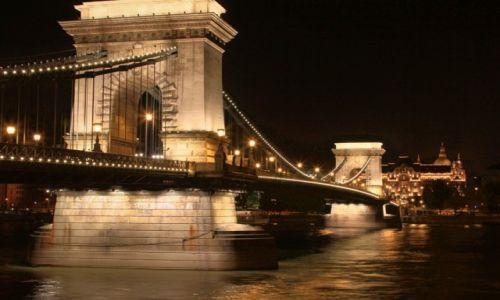 Zdjecie WĘGRY / Budapeszt / Most Lancuchowy / Budapeszt nocą (3)