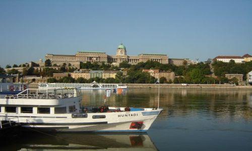 Zdjecie WĘGRY / brak / Budapeszt / Nad pięknym modrym Dunajem-pałac Budy