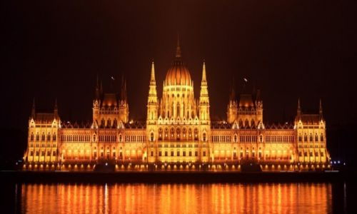 WĘGRY / Komitat Pest / Budapeszt / Budapeszteńska duma