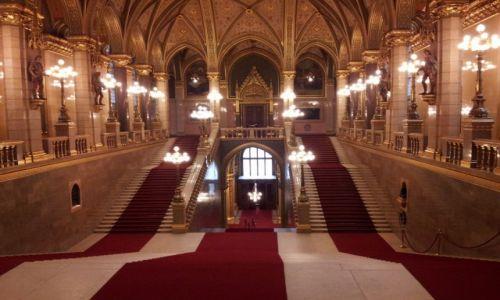 WĘGRY / północ kraju / Budapeszt / Zwiedzanie parlamentu