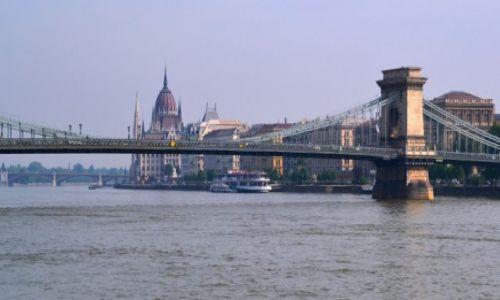 Zdjecie W�GRY / Budapeszt / Dunaj / Nad modrym Duna