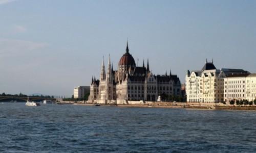 Zdjęcie WĘGRY / Pest / Budapest / Parlament