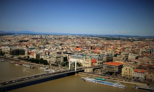 Zdjecie W�GRY / Budapeszt / G�ra Gellerta / Widok na Budape