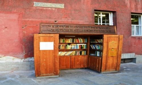 Zdjecie WĘGRY / Budapeszt / XIX dzielnica Kiszpeszt / Książka dla każ