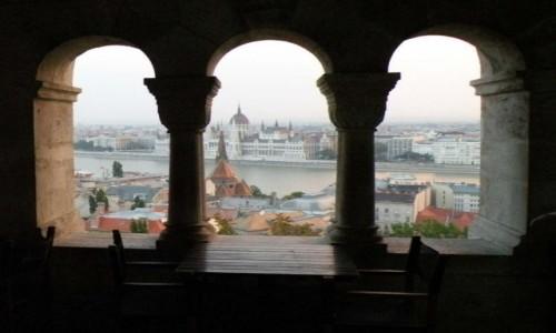 WĘGRY / europa / Budapeszt / parlament