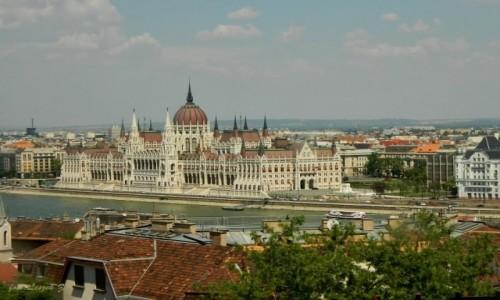 Zdjęcie WĘGRY / Budapeszt. / Okolica Góry Gellerta. / Budapeszt - Parlament.