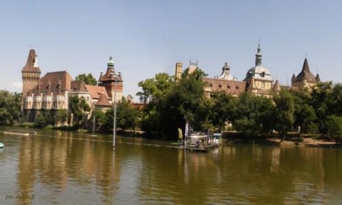 Zdjecie WĘGRY / Budapeszt. / Budapeszt. / Budapeszt - Zamek Vajdahunyad 3