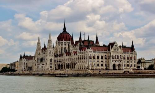 Zdjęcie WĘGRY / komitat Budapeszt / Budapeszt / Jak Budapeszt,to i parlament