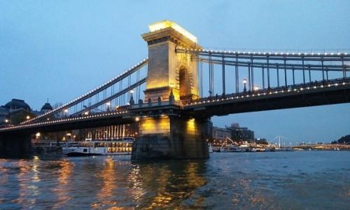 Zdjecie WĘGRY / Europa / Budapeszt / Most Łańcuchowy na Dunaju