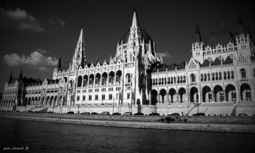 WĘGRY / Węgry. / Budapeszt. / Budapeszt - Parlament.