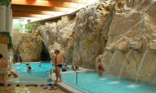WĘGRY / Północne Węgry / Miskolc-Tapolca / Wlot do jaskiń z termalnymi źródłami