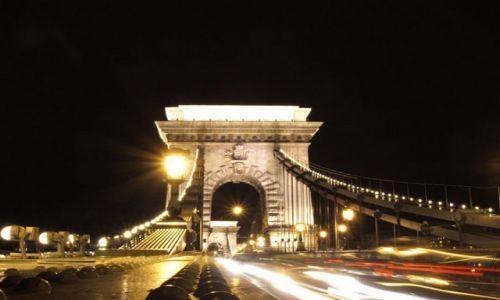 Zdjecie WĘGRY / - / Budapeszt / mosty  nocą
