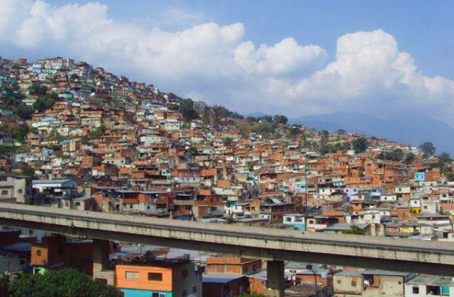 Zdjęcia: CARACAS DZIELNICA NEDZY, FOTO 9, WENEZUELA