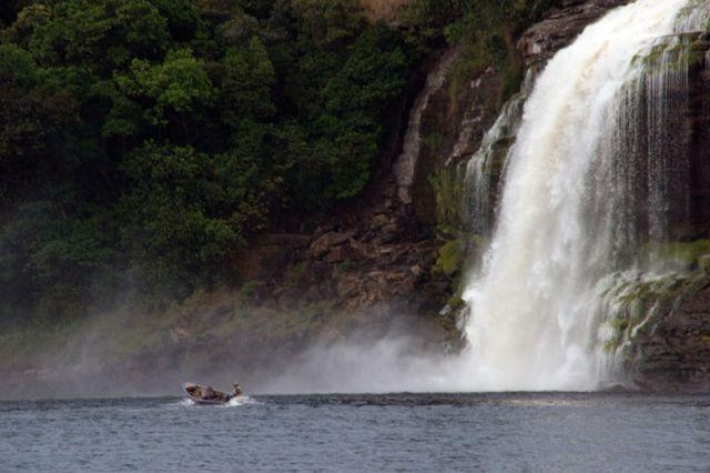 Zdjęcia: Wodospad SANTO ANGEL, * * *, WENEZUELA