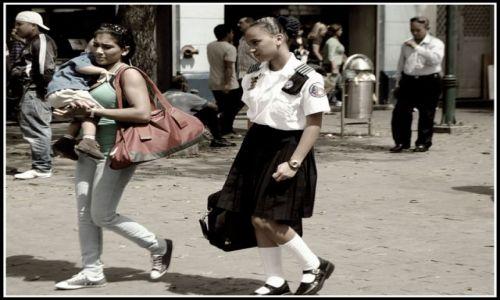 Zdjęcie WENEZUELA / brak / Caracas / kiedy będę matką...