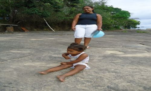 Zdjecie WENEZUELA / Bolivar / Rio Caura / Mama z córką