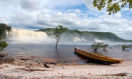 WENEZUELA / - / Canaima / W drodze do wodospadu Sapo