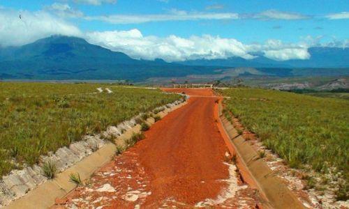 Zdjęcie WENEZUELA / Gran Sabana / W drodze / Wenezuela - Z wizytą u Chaveza cd.