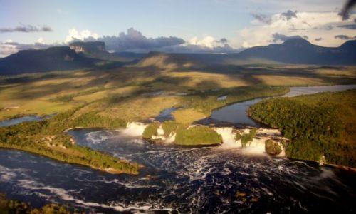 Zdjęcie WENEZUELA / Park Narodowy / Canaima / Canaima z lotu ptaka