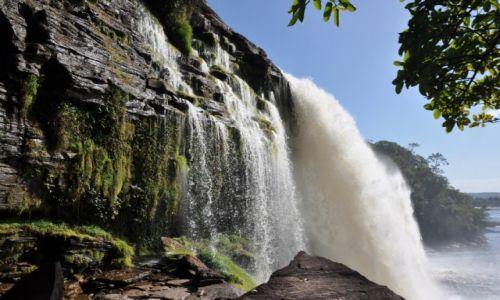 Zdjecie WENEZUELA / - / Park Narodowy Canaima / El Hacha