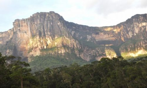 Zdjecie WENEZUELA / - / Park Narodowy Canaima / Świt nad Salto Angel