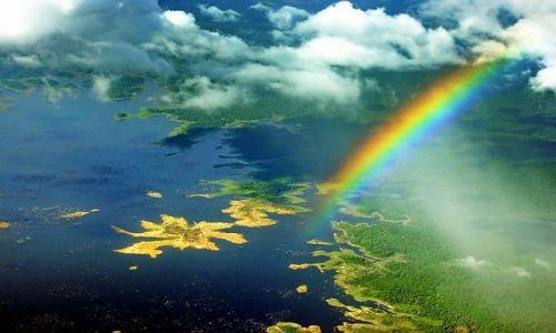 Zdjecie WENEZUELA / Bolivar / Jezioro Embalse De Guri / Przez tropinkalną burzę