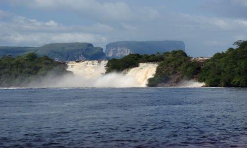 Zdjecie WENEZUELA / Park Narodowy Canaima / Canaima / wodospady