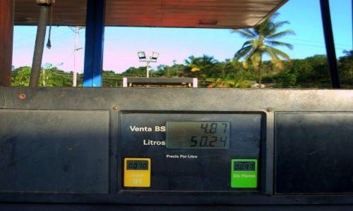 Zdjecie WENEZUELA / Gran Sabana / Kilomerto 88 / 2.,40 zł / 50,24 litra benzyny