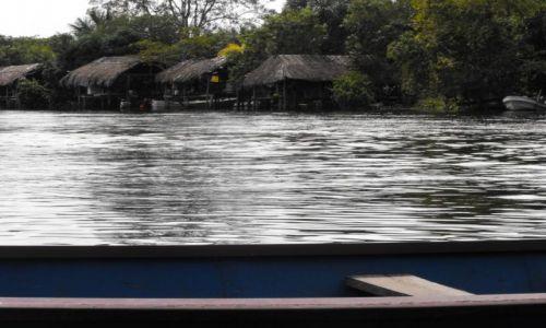 Zdjecie WENEZUELA / delta Orinoko / przystań / u indian Warao