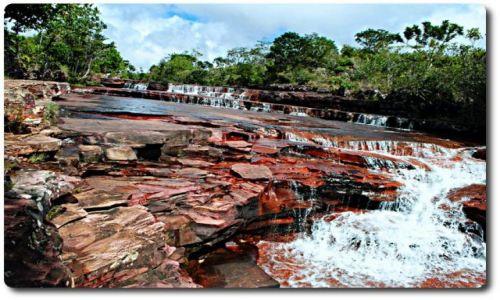Zdjecie WENEZUELA / brak / tam, gdzie żyją Indianie Pemon / krwawa rzeka