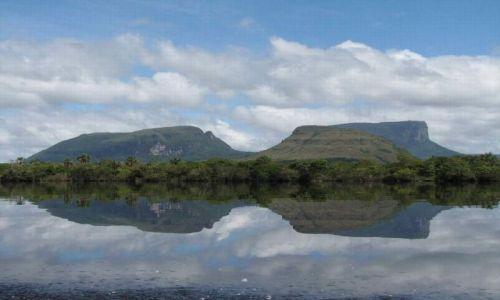Zdjecie WENEZUELA / Gran Sabana / Park Narodowy Canaima / Tepui lustrzane odbicie