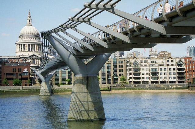 Zdj�cia: Londyn, Londyn, Millenium Bridge, WIELKA BRYTANIA