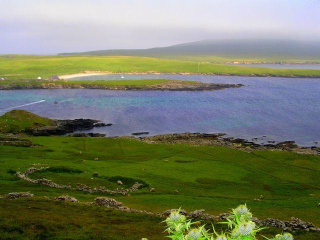 Zdjęcia: Szetlandy, Szkocja, Widok na wyspę Noss., WIELKA BRYTANIA