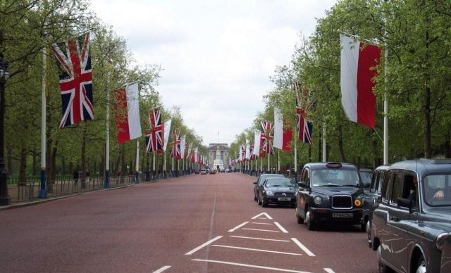 Zdjęcia: Londyn, Droga do pałacu Buckingham , WIELKA BRYTANIA
