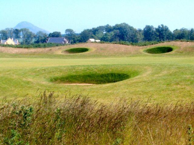 Zdjęcia: Dirleton, Wiem ze kiepskie zdjęcie.Ale chciała pokazac jak pieknie potrafi wyglądać pole golfowe;), WIELKA BRYTANIA