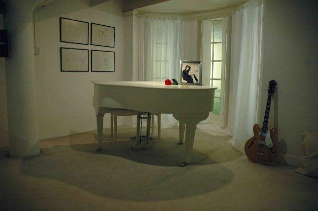 Zdjęcia: liverpool, white room johna lennona i yoko ono, WIELKA BRYTANIA