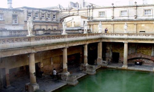 WIELKA BRYTANIA / Poludniowa Anglia  / centrum historycznego miasta / Bath