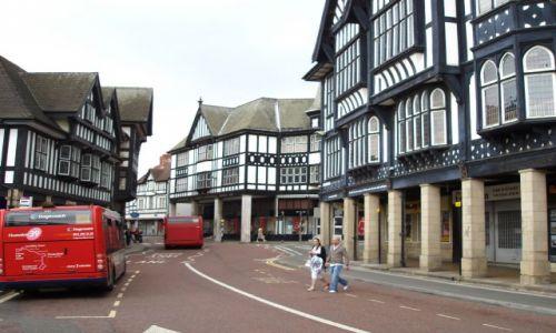 WIELKA BRYTANIA / Srodkowo-Wschodnia Anglia (East Midlands) / miasteczko Chesterfield / Chesterfield